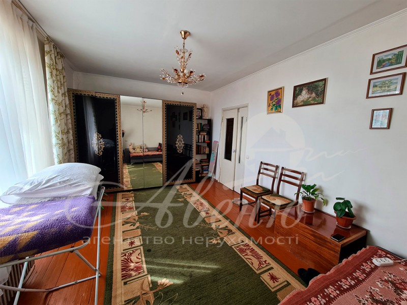 Продаю однокомнатную квартиру в г. Черновцы